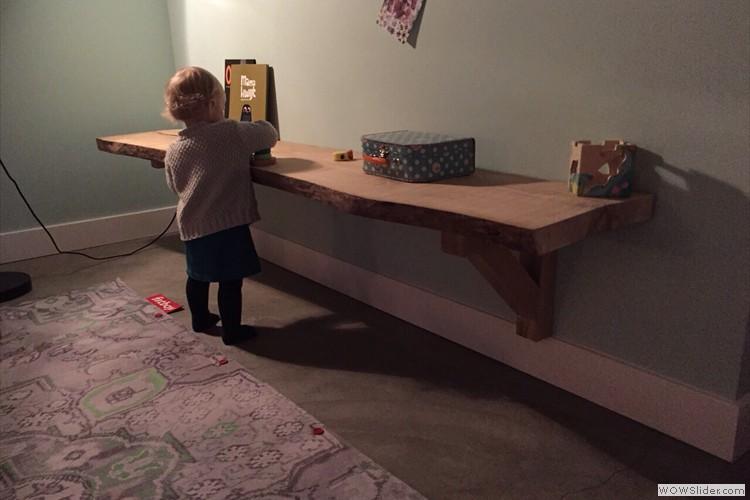 Uw kind kan lekker spelen aan eigen speelplank